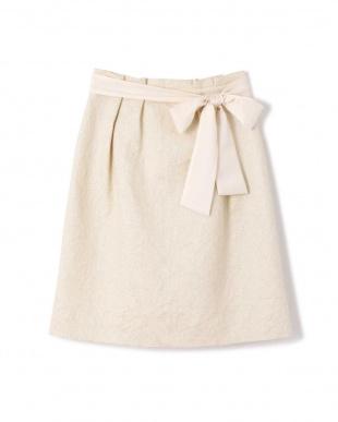 ホワイト7 |竹内由恵さん着用|《Purpose》LIBANOスカート NATURAL BEAUTYを見る