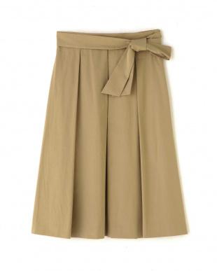ベージュ タフタカラースカート NATURAL BEAUTYを見る