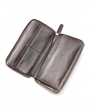 ブラック レザー長財布を見る