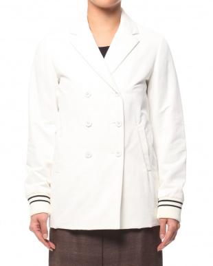 オフホワイト 伊素材中綿入りサテンハーフコートを見る