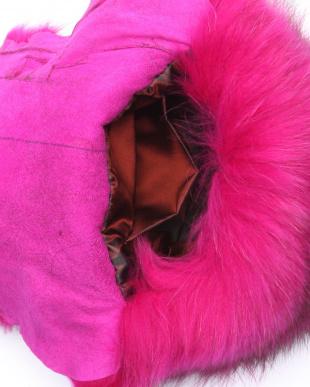ピンク フィンラクーン ショルダーバッグを見る