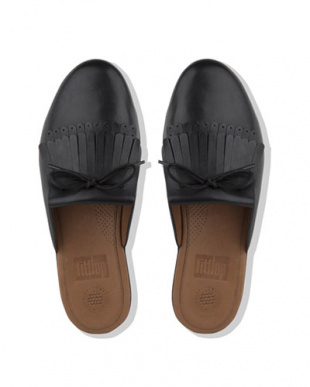 BLACK BLACK SUPERSKATE FRINGE SLIP ON MULES - LEATHERを見る