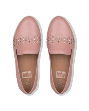 Apple Blossom AUDREY PEARL STUD SMOKING SLIPPERSを見る