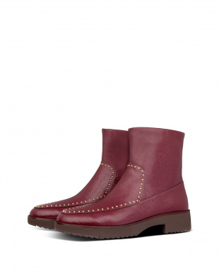 Lingonberry KINBEY MICROSTUD ANKLE BOOTSを見る