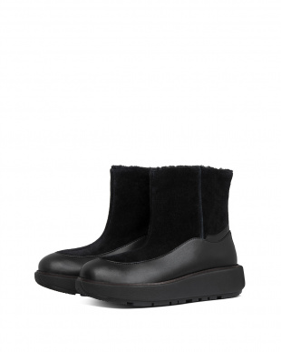 All Black ELIN SUEDE ANKLE BOOTSを見る