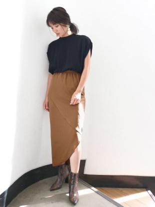ダークブラウン アシメデザインカットスカート Ungridを見る