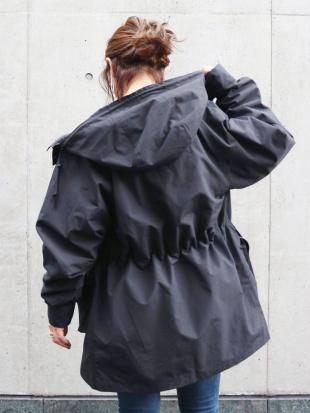 ブラック SIERRA別注 マウンテンフーデットジャケット Ungridを見る