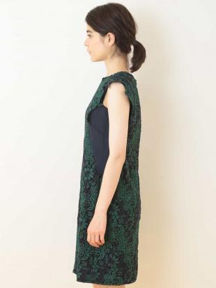 グリーン フラワーレースドレス TARA JARMONを見る