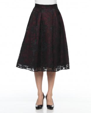 ブラック 花柄シフォンスカートを見る