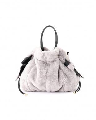GRAY [WEB限定商品] ジュディ巾着バッグ ジルスチュアートライセンスを見る