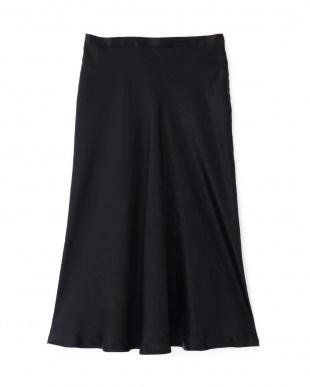 ブラック グロッシーサテンバイヤススカート PINKY & DIANNEを見る