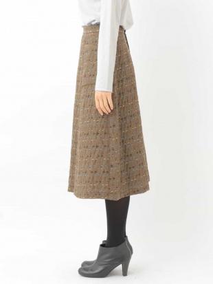 パープル カラーデザインスカート GIANNI LO GIUDICEを見る