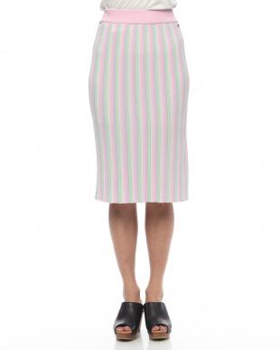 ピンク Skirtsを見る