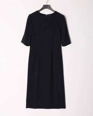 ネイビー ベーシックタックドレスを見る