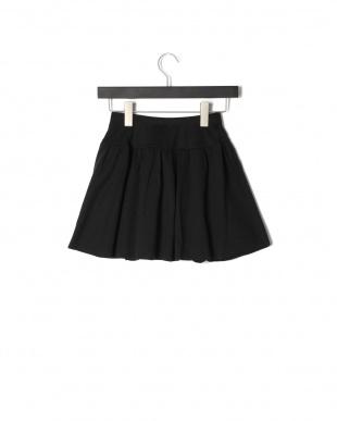 クロ スタッツ付スカートを見る