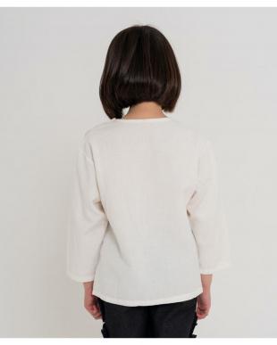 WHITE ピュアコットンナチュラルスキッパーシャツを見る