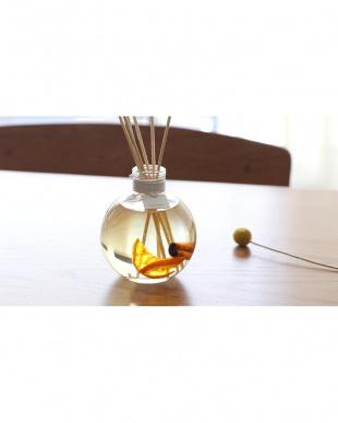 カモミール 紅茶をイメージした香り  ハーバリウムリードディフューザー Modern Collectionを見る