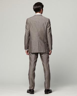 ベージュ 紳士スーツ ナロースタイルを見る