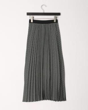 グリーン 幾何柄プリントファイユプリーツスカートを見る