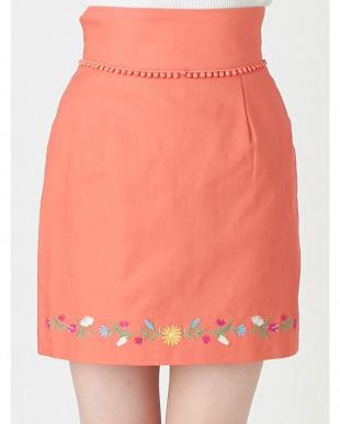 オレンジ フラワーヘム刺繍ミニスカート dazzlinを見る