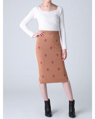 ベージュ リトルフラワージャカードニットスカート dazzlinを見る