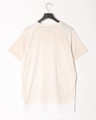 PUMA WHITE N.R.G. テック SS Tシャツを見る