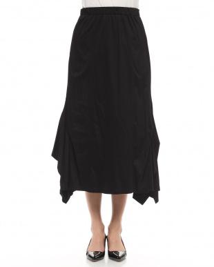 ブラック シルフィースムースロングフレアスカートを見る