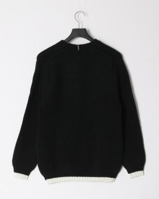 ブラック ディスカードニットセーターを見る