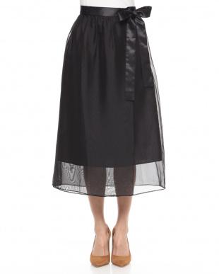 black スカートを見る