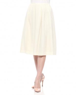 ホワイト スカートを見る