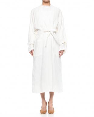 ホワイト リネンコートドレスを見る