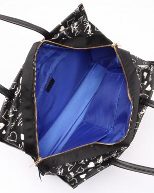 ブラック ミシャル ボックストートバッグを見る