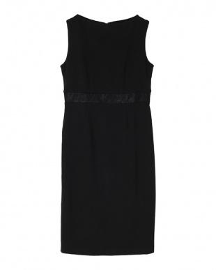 ブラック ウエストレースストレッチスリムドレスを見る