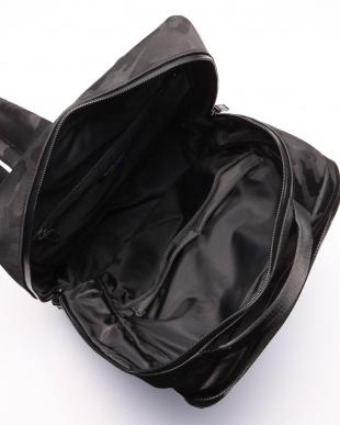ブラック シャドーカムフラージュ バックパックを見る