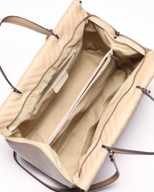 タウペ バッグを見る