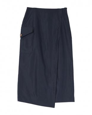 ネイビー ポケットラップタイトスカートを見る