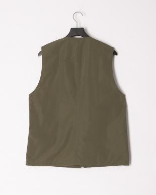 Khaki harrington vestを見る