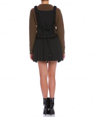 ブラック プリーツ バックリボン ジャンパースカートを見る