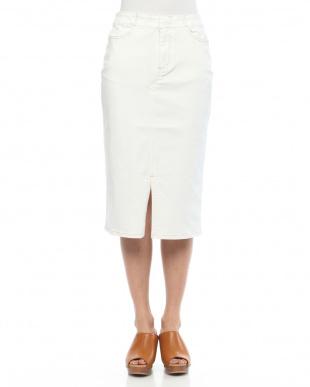 90/無彩色A(ホワイト) ストレッチデニムタイトスカートを見る