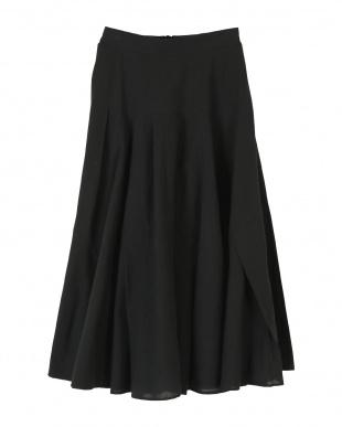 ブラック ボリュームタックフレアスカートを見る