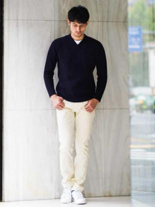 ホワイト パンツ(ビアンカラーニ コーデュロイ) MICHEL KLEIN HOMMEを見る
