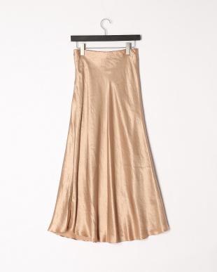 ベージュ サテンマーメイドスカートを見る