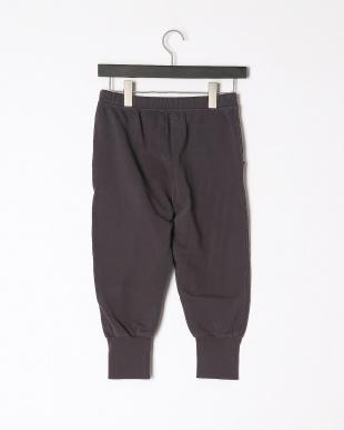d gray pantsを見る