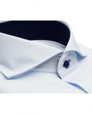 ブルー系 形態安定 ノーアイロン 長袖ワイシャツ フィットインナー ホリゾンタル ワイド 白×サックスチェック、市松格子織柄 スリムを見る