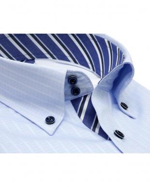 ブルー系 形態安定 ノーアイロン 長袖ワイシャツ フィットインナー ドゥエボットーニ ボタンダウン サックス×ストライプ織柄 スリムを見る