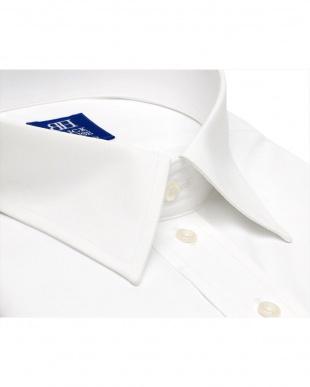 ホワイト系 形態安定ノーアイロン レギュラーカラー 白無地ベーシック 半袖ビジネスワイシャツを見る