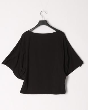 ブラック 変形ボリュウム袖カットソーTシャツを見る