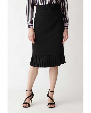 ブラック ダブルクロス裾プリーツスカート PINKY & DIANNEを見る