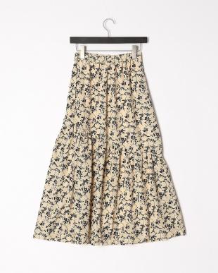 ベージュ スカートを見る