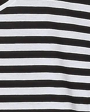 白系柄物 Basic Tシャツを見る